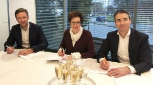 additive-industries-10-million-euro-expansion-funding-signing